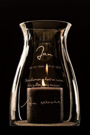 Herinnering in glas windlicht overlijden zelf ontwerpen